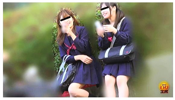 【おしっこ】『盗撮 けんかぼっぱつ!女子トイレ取り合いお漏らし』他【画像+動画】