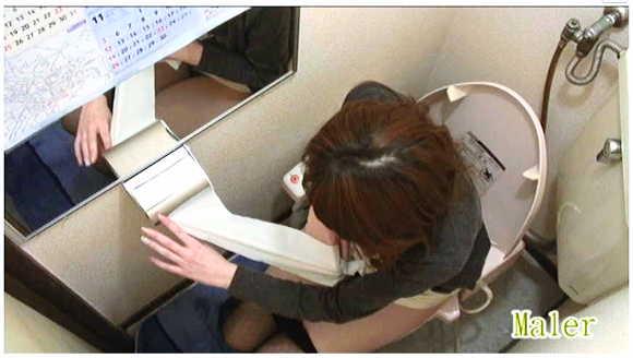 トイレ盗撮+小便+オナラ