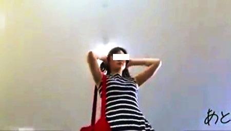【パンチラ】これは可愛いミニスカートのお姉さんを街頭で追跡!