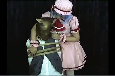 【盗撮動画】アニコス・東方Project レミリア・スカーレット。とてもエロい全頭マスクの変態です!