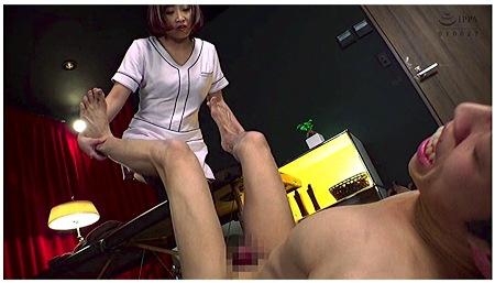 【個人撮影】リョナ・きみと歩実。エステティシャンなのにドS!電気アンマに金玉落としです!
