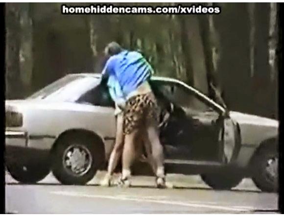 本物の個人撮影の盗撮セックスビデオをまとめて紹介します