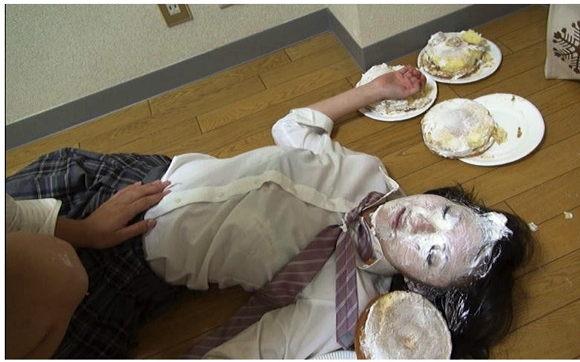 The Pie Zone+パイ投げ