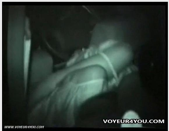 [盗撮]車の中はラブホテル!セクシーカップルはしていた!カーセックス盗撮動画です![無修正]