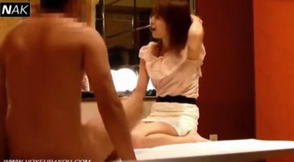 【ラブホテル】美人モデルらしい娘さんが仕事のためにファック!チンチンを舐めてくれるかね?【無修正】