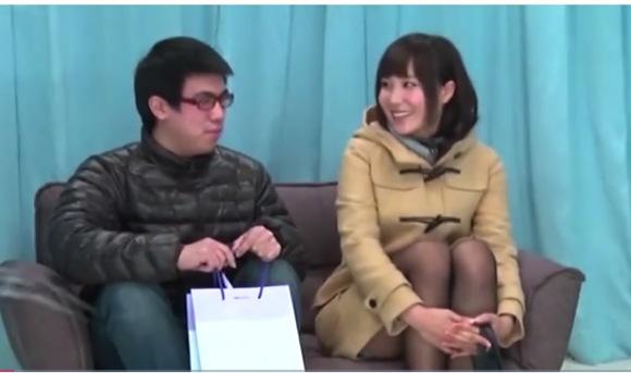 【マジックミラー号】ありえない可愛い美少女!伊藤果夏さんはドーテーの初体験の相手をした!
