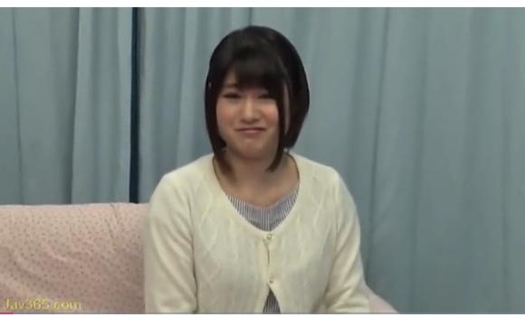 【マジックミラー号】小泉まりさんは心の優しい可愛い美少女!ドーテーを導いて体験をさせる!