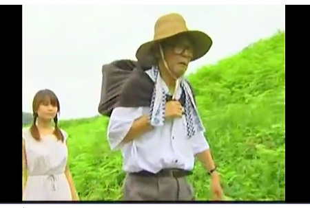 【ヘンリー塚本+愛葉亜希+小沢とおる】貧乏な家の可愛いロリータ美少女が金持ちの家の養子になる!女中と肉便器が目的でした【美少女+金持ち】