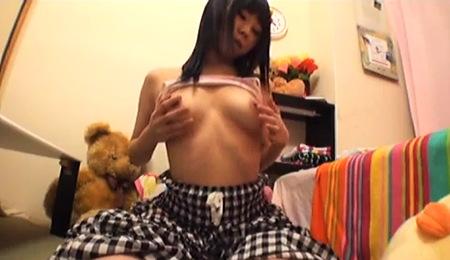 【個人撮影】ドスケベなセクシーランジェリーの可愛い美少女ロリータの生ストリーミング配信!