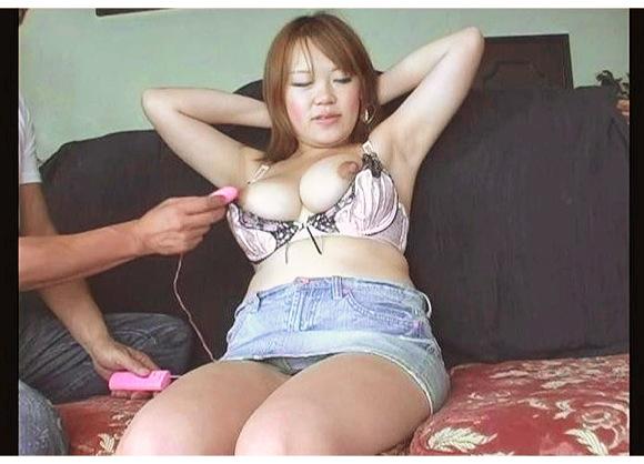『母乳ママ大好き22』【母乳+ミルク+乳首+巨乳+人妻+クラスタープロダクション+素人+妊婦SEX】
