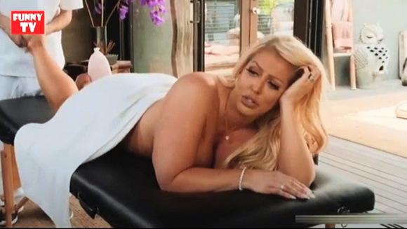 『アルラジェンソンセクシーな熟女ホットマッサージ継母ポルノスター』Alura Jenson Sexy MILF Hot Massage Stemom Porn Star
