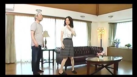 【ナンパ】オナニーばかりしているという美人奥さまを捕獲!セレブな家でファックする!篠崎智美。