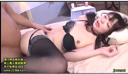 【凰かなめ】可愛すぎる美人ロリータがセクシーランジェリーでファック!