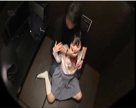【個人撮影】漫画喫茶で可愛い美少女jkと円光ファック!