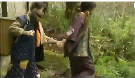 【ヘンリー塚本】山に住む農民の母娘がマタギとファック!一条綺美香