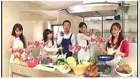 【時間よ止まれ】料理教室で花嫁修行中の奥さまたちにいたずらファック!