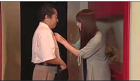 【ヘンリー塚本】美人すぎる奥さまが映画館で痴女する!波多野結衣