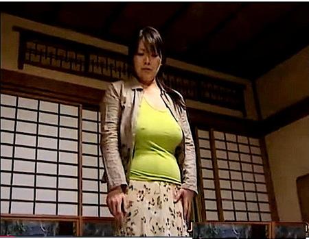 【ヘンリー塚本】ノーブラでデカパイ奥さまが介護の必要な夫に罵声をあびせる!