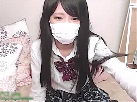 【ライブチャット】素人臭い可愛い美少女jkが制服で生ストリーミング配信!