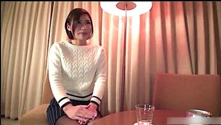 【人妻ナンパ】スタイルの良すぎるダンスの先生奥さまとファック!白井真菜