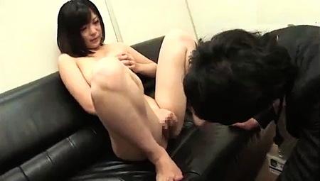 【OL】全裸OLの面接!就職難なので裸になってみた!秋月めい