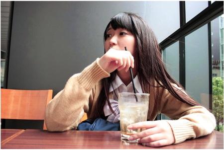 【援交】秋葉原!154cm/46kgの可愛い美少女ロリータjkに車でフェラチオ!