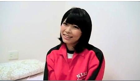 【個人撮影】ジャージ姿の中学生にしか見えない可愛い美少女と援交ファック!