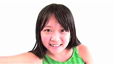 【ゆうみ】デカパイのロリータが着エロのイメージビデオ!