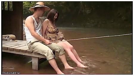 【ヘンリー塚本】デカパイ奥さまと川で釣りをする!黒沢那智