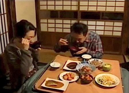【ヘンリー塚本】妻が入院!ご飯を作りに来た義母とファック!