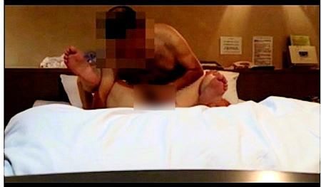 【個人撮影】頭の禿げた中年男と五十路の熟年奥さまが浮気!