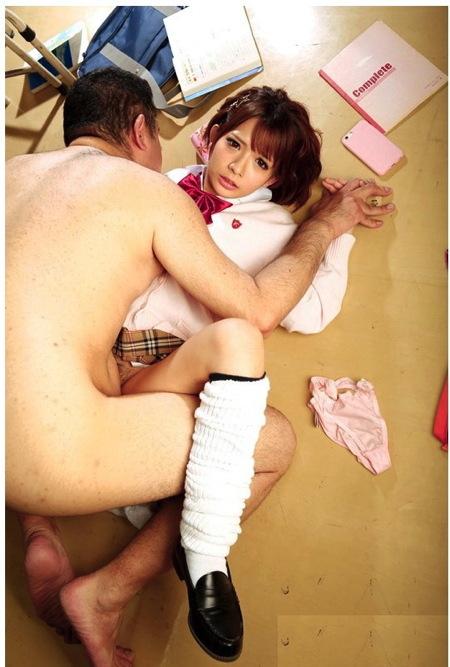 【麻里梨夏】絶対妊娠!告白したのにフッたjkを強姦レイプで中出し!