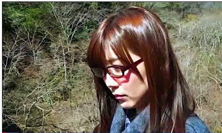【ヘンリー塚本】旅館の女将さんとメガネ娘!ヤクザとファック!美泉咲