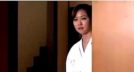 【ヘンリー塚本】剣道場で誘惑!美人奥さまが父親と近親相姦!