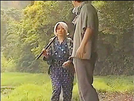 【ヘンリー塚本】農家の奥さん!不倫相手と竹やぶファック!愛川咲樹