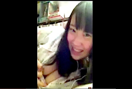 【個人撮影】エロイプ!可愛い美少女が彼氏のためにオナニーを送る!