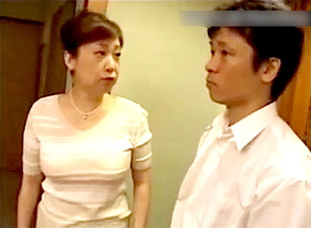 【ヘンリー塚本】六十路婆ちゃん!性欲のかたまりの息子が強姦レイプ!