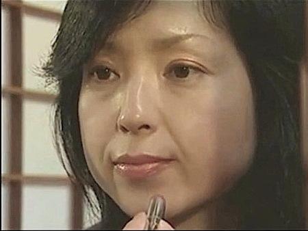 【ヘンリー塚本】母子交尾秋川路!6年後の近親相姦奥さま!桐島秋子