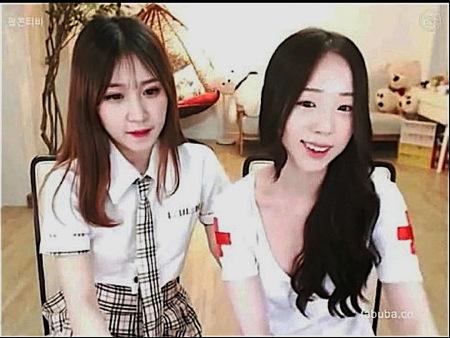 【jk】制服とナース!可愛い美少女二人が生ストリーミング配信!