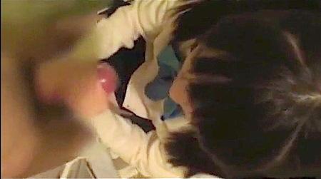【個人撮影】手コキとオナホール!可愛い美少女ロリータとトイレでエッチ!
