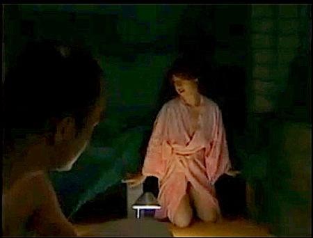【ヘンリー塚本】風情のある昔の暮らし!真夏に蚊帳の中でエッチ!秋川りお