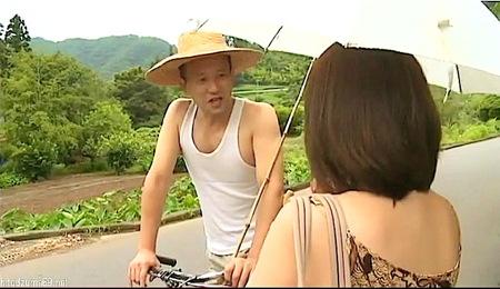 【ヘンリー塚本】田舎の不倫!デカパイ奥さまが釣り場で青姦!天野小雪・黒沢那智