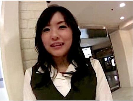 【つぼみ】可愛いOLのお姉さん!制服のままラブホテルでファック!