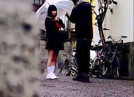 【援交】JC処女喪失!可愛い美少女と家でセンズリ鑑賞からファック!