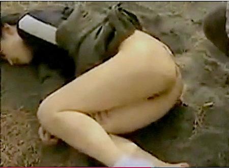 【ヘンリー塚本】山奥の公園!ジョキング中の奥さまが悪人に強姦レイプ!
