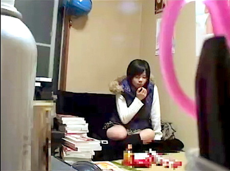 【個人撮影】少女を昏睡!神待ちロリータを泊めて睡眠薬を飲ませてみた!