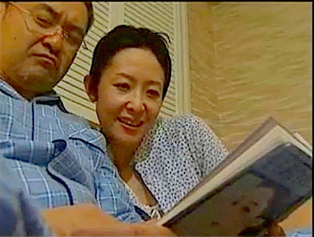 【ヘンリー塚本】熟年夫婦のエロ!交換相手を嬉しそうに選ぶ奥さま!