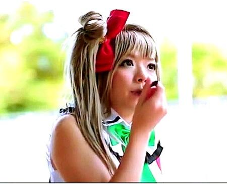 【麻里梨夏】イベント会場!可愛い美少女コスプレイヤーを捕獲してファック!