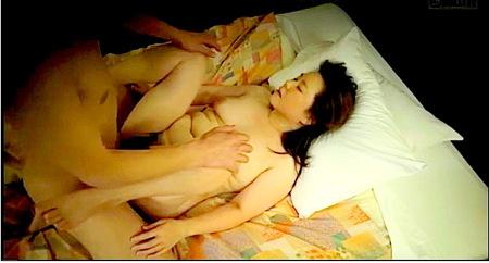 【人妻ナンパ】ホテルの按摩師奥さま!交渉して本番!