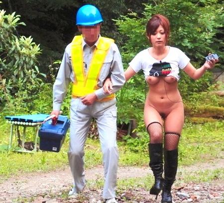 【さとう遥希】極限露出で男漁り!土木作業員を逆ナンパ!